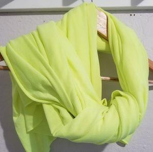 Underarmor scarf neon yellow os